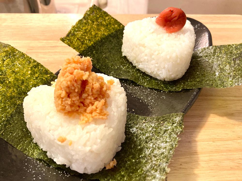 おにぎり(梅&鮭)
